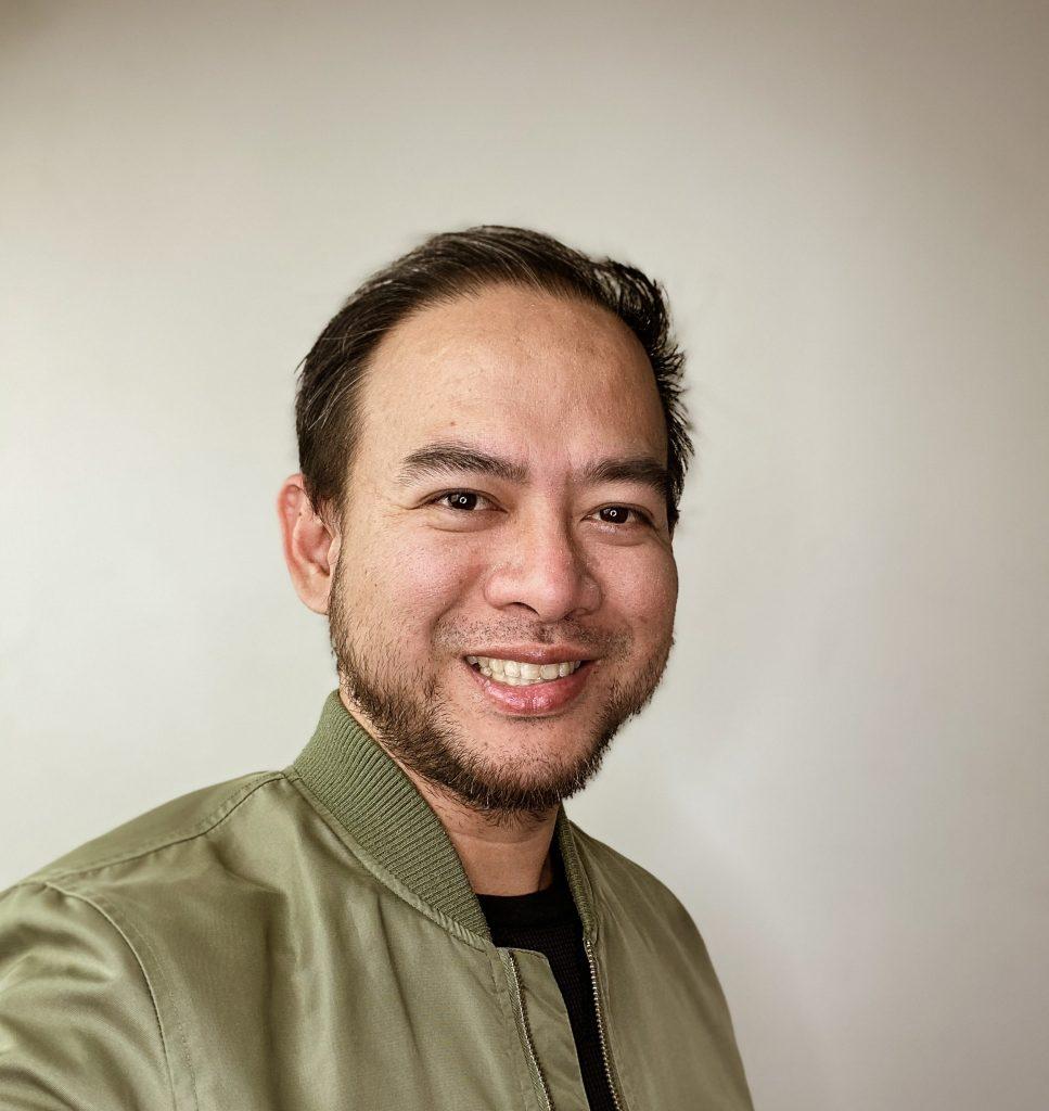 Singer Jonah Manzano